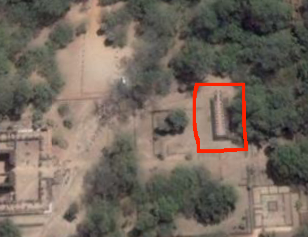 Google Earth screen shot of Polonnaruwa palace complex with audience hall highlighted