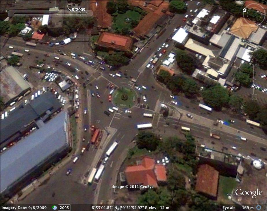 Lipton Circus Colombo  2009/08/08 - Google Earth screen shot Dated